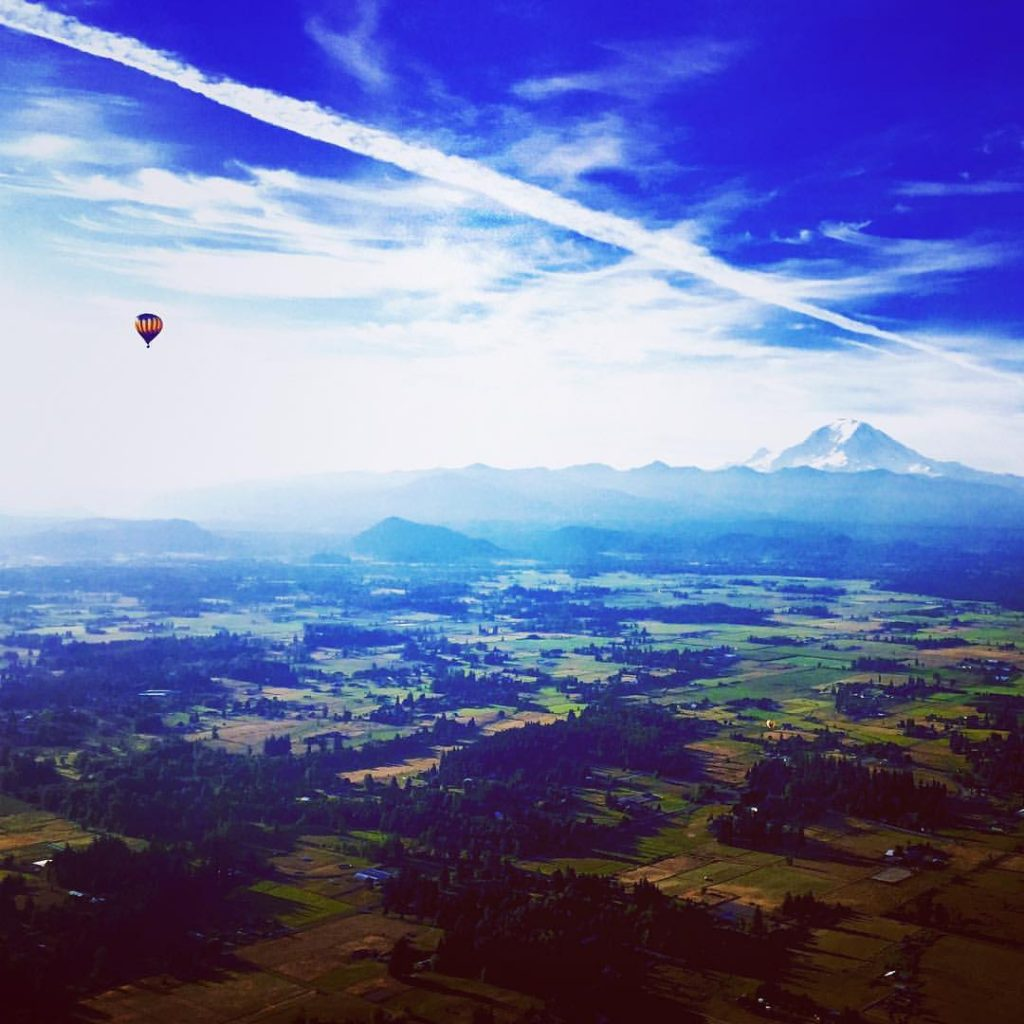 Hot air ballooning in Seattle