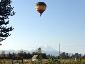 hot air balloon ride seattle Mt. Rainier