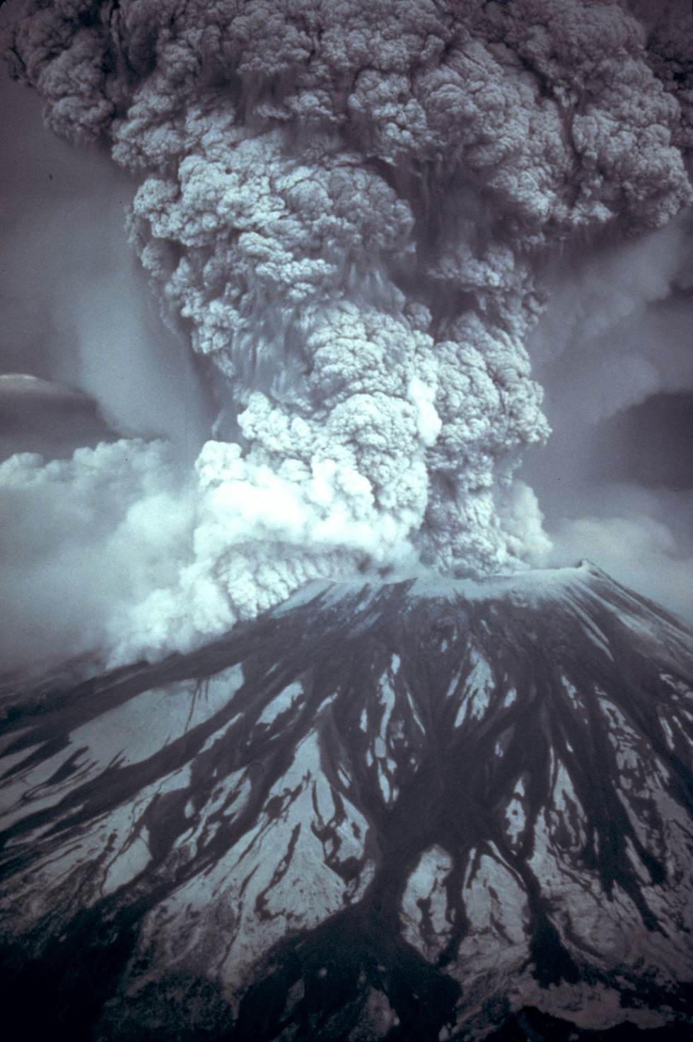 Eruption of Mt. St. Helens Washington Volcanoes